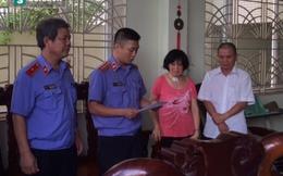 Bắt tạm giam Chi cục trưởng thi hành án Phong Điền