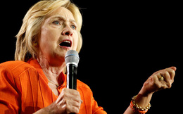 """Cựu nhân viên FBI lý giải về cử chỉ bàn tay """"lạ"""" của các chính trị gia khi diễn thuyết"""