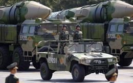 """Hoàn Cầu: Bắc Kinh sẽ vũ trang cho các thế lực chống Mỹ nếu Trump """"manh động"""" với Đài Loan"""