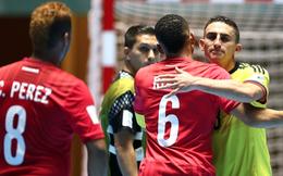 """Liên tiếp được """"tặng quà"""", futsal Việt Nam sáng cửa vào vòng 1/8"""