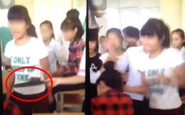 Bức xúc cảnh nữ sinh bị bạn bắt nạt, lấy dép đập đầu, ngồi lên người... ngay giữa lớp
