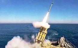 """Israel thử nghiệm """"vòm sắt trên biển"""" đánh chặn tên lửa tầm ngắn"""
