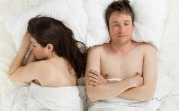 """Từ giờ, đàn ông đừng trách vợ """"ngủ trương mắt ra mới dậy"""": Có lý giải khoa học!"""