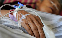 Suýt mất mạng vì bát canh thừa: Cảnh báo nguy hiểm từ thói quen ăn uống nhà nào cũng có