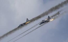 """Báo Mỹ đánh giá cao khả năng chiến đấu của """"xe tăng bay"""" Su-25"""