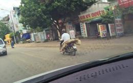 Cuốn chiếu đưa thi thể người phụ nữ về bằng xe máy vì nhà quá nghèo
