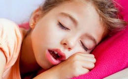Sai lầm nghiêm trọng khiến trẻ viêm mũi, viêm họng quanh năm nhưng nhiều cha mẹ không để ý