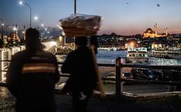 """Nợ xấu ngày càng lớn, Thổ Nhĩ Kỳ """"choáng váng"""""""