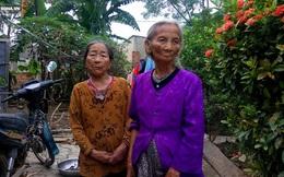 Thu tiền cứu trợ của dân ở Quảng Bình