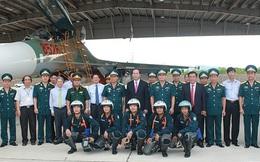 Chủ tịch nước thăm Trung đoàn không quân duy nhất trang bị tiêm kích Su-27 của Việt Nam