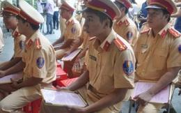 Chiến sĩ cảnh sát bị phơi nhiễm HIV khi bắt cướp giấu gia đình, hạn chế gặp bạn gái