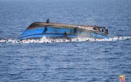 Phát hiện hàng chục thi thể người di cư ở ngoài khơi Libya