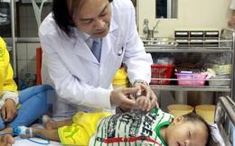 Nguyên Trưởng khoa Nhi đóng giả người mua 1000 viên kháng sinh và lời cảnh báo tới mẹ Việt