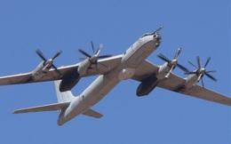 Máy bay trinh sát lớn nhất thế giới áp sát tàu sân bay Mỹ
