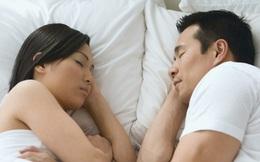 Chỉ nhìn vào vị trí nằm trên giường đủ biết trong 2 vợ chồng ai là người yêu nhiều hơn và có nhiều nguy cơ bệnh tật?