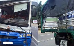 Clip: Người dân phụ tài xế Bắc giải cứu xe khách mất thắng trên đèo Bảo Lộc