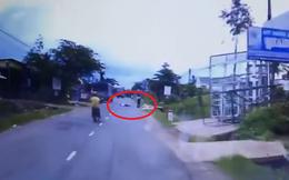 Đây là 2 giây khiến cả xe máy và ô tô tải bị ám ảnh cả chặng đường