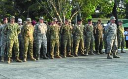 """Duterte """"đuổi"""" lính Mỹ: Thủy quân lục chiến vừa đi, lục quân lại đến ngay"""