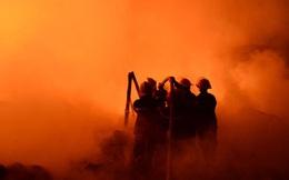 [ẢNH] Cảnh tượng khủng khiếp trong vụ cháy vừa xảy ra ở Hà Nội