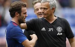 """Man United thua nhục nhã, Mourinho vẫn nói """"tôi hạnh phúc"""""""