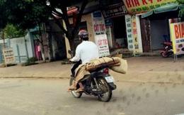90km đẫm nước mắt qua lời người chở thi thể bằng xe máy: Lúc đó chẳng có tiền. Đau xót lắm!