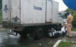 Xe tải va chạm xe máy, 2 người bị thương nặng