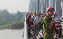 Nghệ An: Nghi vấn cô giáo mầm non bỏ xe trên cầu rồi nhảy sông tự tử