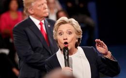 """Video """"dâm ô phụ nữ"""" hại Trump: Tỷ lệ ủng hộ Clinton vượt trội"""