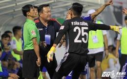 """Ban trọng tài """"giơ cao đánh khẽ"""" với Vua áo đen sai lầm trận HAGL vs Quảng Nam"""