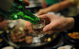 Bác sĩ bệnh viện Bạch Mai báo động về tác hại của rượu