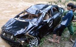 Phú Thọ: Tìm thấy thi thể cán bộ trường THCS cách xe ô tô 50m sau khi bị lũ cuốn