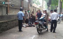 Bắt thanh niên đâm bạn gái rồi tự sát giữa phố Sài Gòn