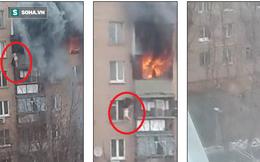 Lửa cháy dữ dội, người phụ nữ tìm cách thoát nạn từ ban công cao 20m
