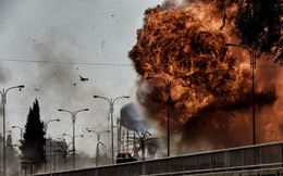 24h qua ảnh: Nổ bom xe như ngày tận thế ở Mosul