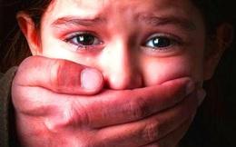 6 năm bị 2 người họ hàng xâm hại, bé gái mới nói ra sự thật nhờ bài học được dạy ở trường