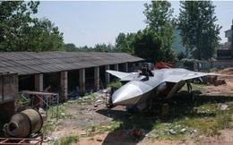 """Xuất hiện tiêm kích tàng hình J-20 làm từ 5 tấn thép, phiên bản... """"không thể bay"""""""