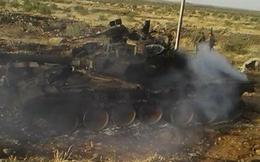 """NÓNG: Xe tăng T-90 bị """"đàn em"""" T-72 bắn cháy rụi trên chiến trường Syria"""