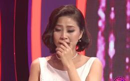 Nữ MC rơi nước mắt xin lỗi người yêu cũ trên sóng truyền hình dù bị phản bội