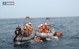 Vụ tàu cá bị tàu chở 3000 tấn hàng đâm chìm: Đưa thi thể 2 ngư dân vào bờ