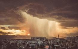 24h qua ảnh: Mưa dông như ngày tận thế ở Trung Quốc