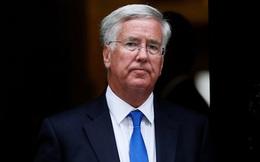 Tự thú bất ngờ của Bộ trưởng Quốc phòng Vương quốc Anh