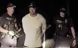 """Tiger Woods bị cảnh sát bắt giữ trong trạng thái """"nghi phê thuốc"""""""