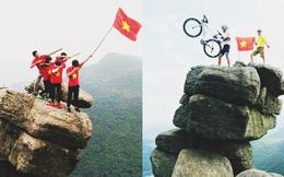 """Mỏm đá nhìn như muốn """"rớt xuống vực"""" ở Quảng Ninh, thanh niên đua nhau lên chụp ảnh"""