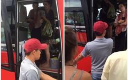 Bị nhổ nước bọt, nhân viên nhà xe Việt Nhật ném hành lý khách nước ngoài xuống đường