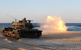 24h qua ảnh: Xe tăng Hàn Quốc nã pháo xuống biển