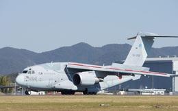 Vừa được phép xuất khẩu, máy bay C-2 tối tân của Nhật đã có 2 khách: Ai?