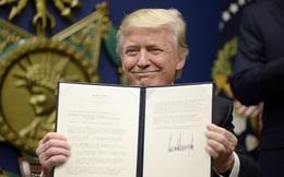 Trump bí mật chuẩn bị lệnh cấm nhập cư gây chấn động thế nào?