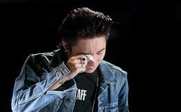 Sơn Tùng M-TP bật khóc trước hàng nghìn khán giả hâm mộ