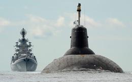 Tàu ngầm và chiến hạm lớn nhất thế giới của Nga duyệt đội hình trên biển
