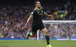 """Đập tan """"hòn đá tảng"""" cuối cùng, Chelsea thênh thang tiến đến bục nhận cúp"""